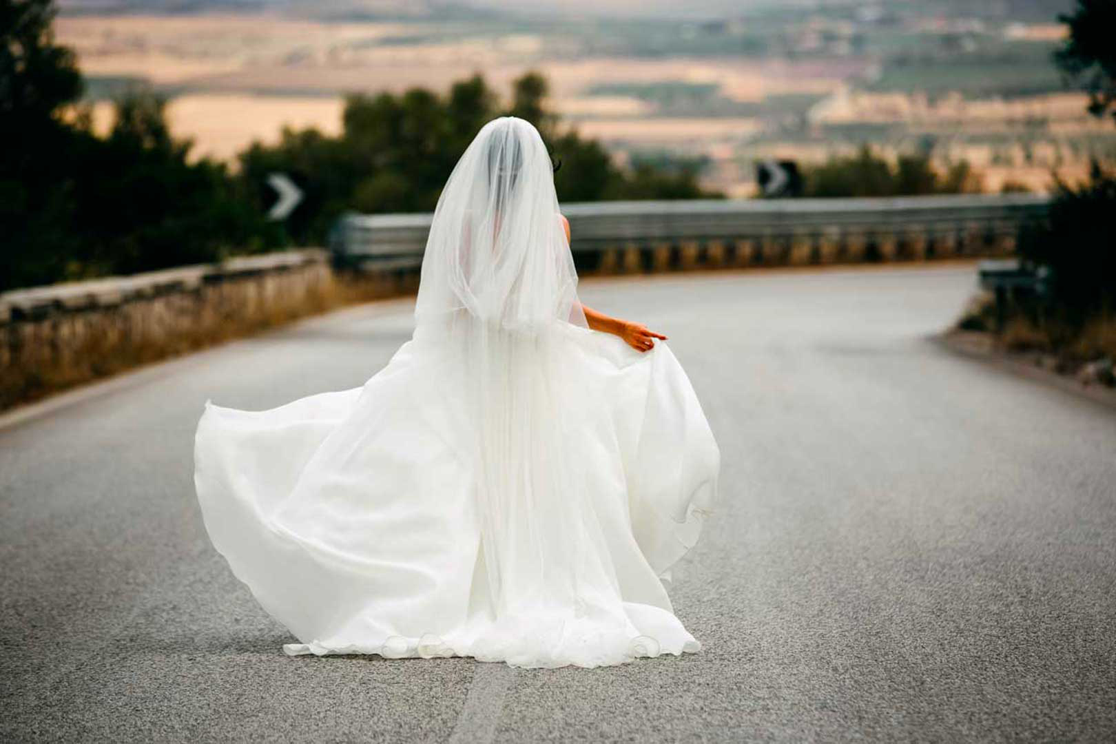 024-abito-sposa-gianni-lepore-fotografo-lucera