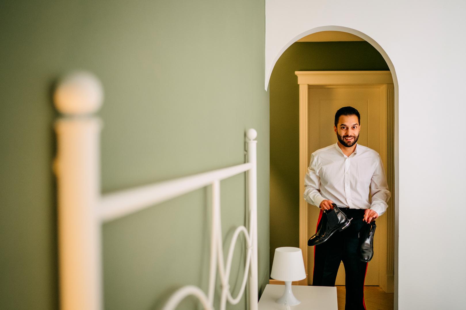 10 sposo-groom-preparativi-gianni-lepore-fotografo-lucera