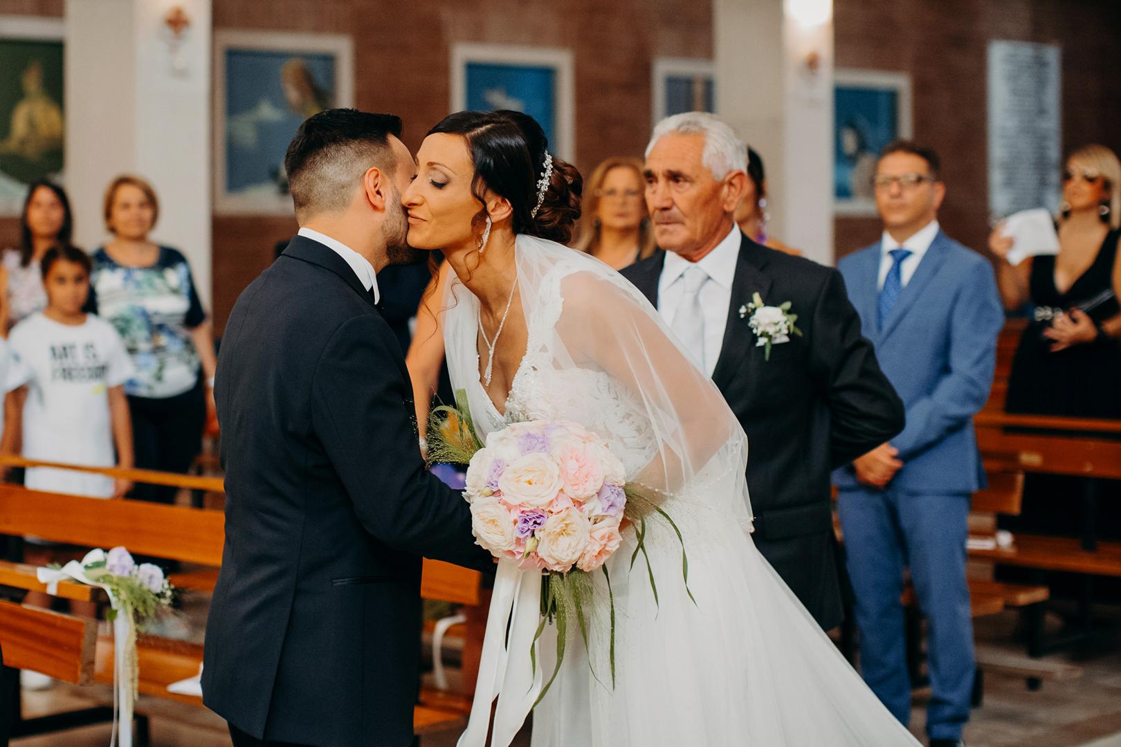 11 gianni-lepopre-fotografo-matrimoni-lucera-wedding-entrata-chiesa-church