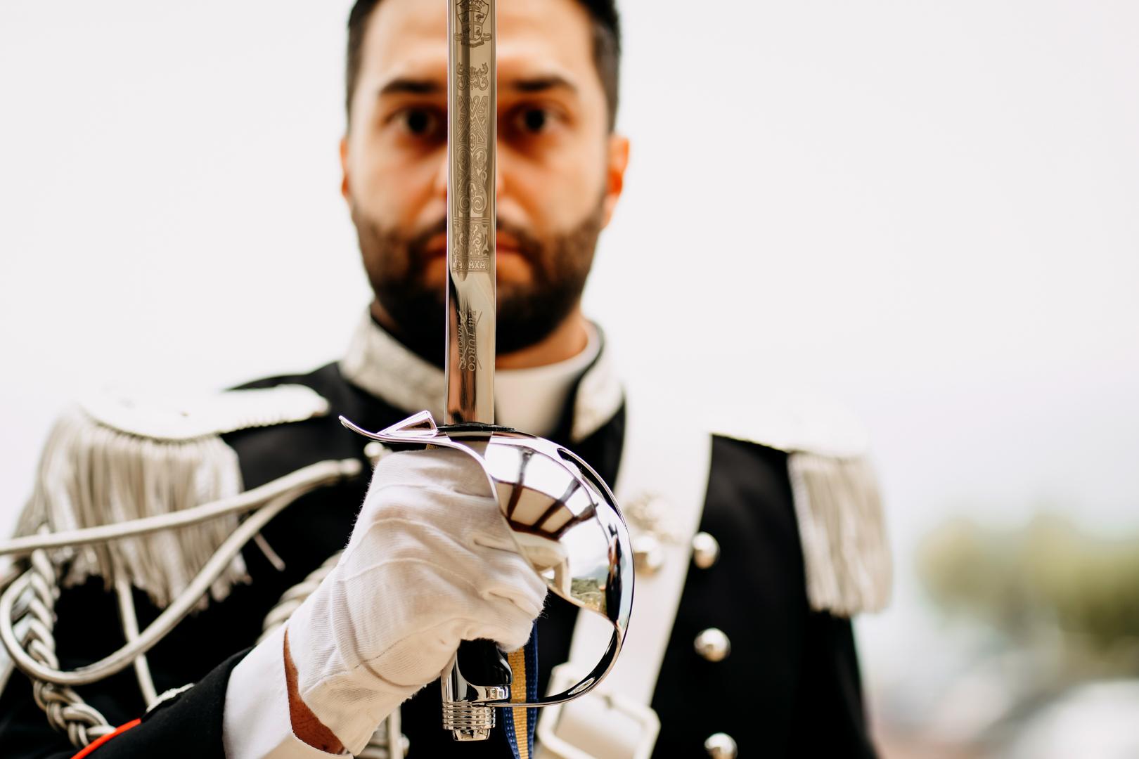 12 sposo-carabiniere-divisa-matrimonio-gianni-lepore-foggia