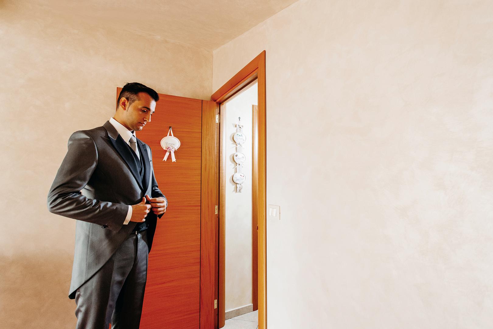 15 gianni-lepore-sposo-groom-lucera-fotografo-wedding-abito