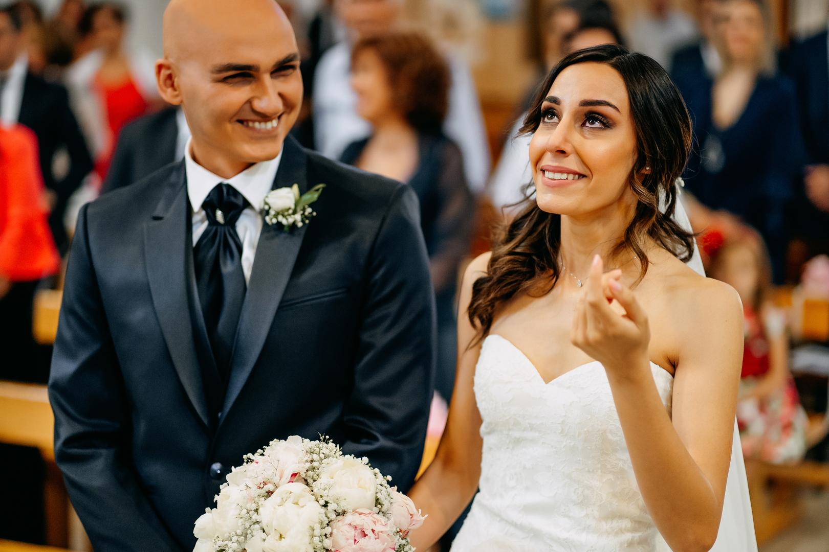 17 gianni-lepore-emozione-sposa-chiesa