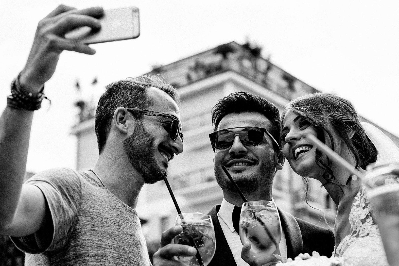 20 gianni-lepore-amici-sposi-aperitivo-chiesa