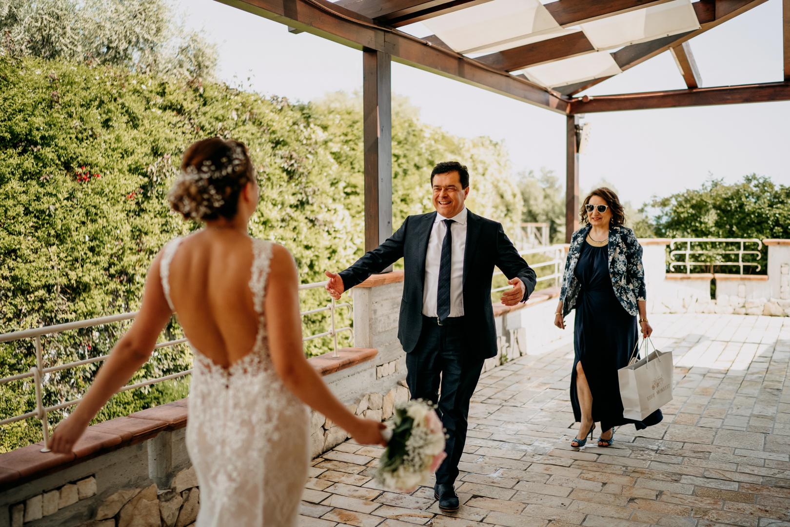 21 sposa-il-porto-mattinata-suoceri-bride-gianni-lepore