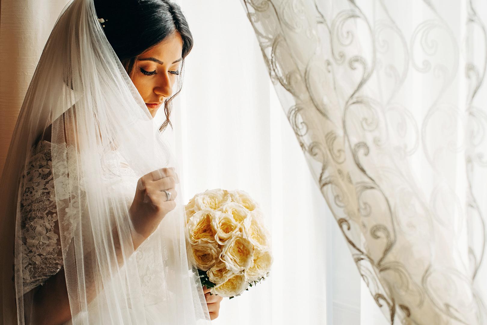 22 gianni-lepore-velo-sposa-bouquet