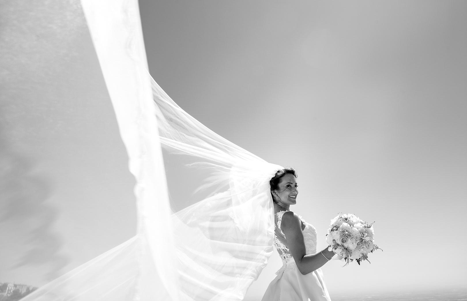 22 gianni-leporesposa-bride-bianco-nero
