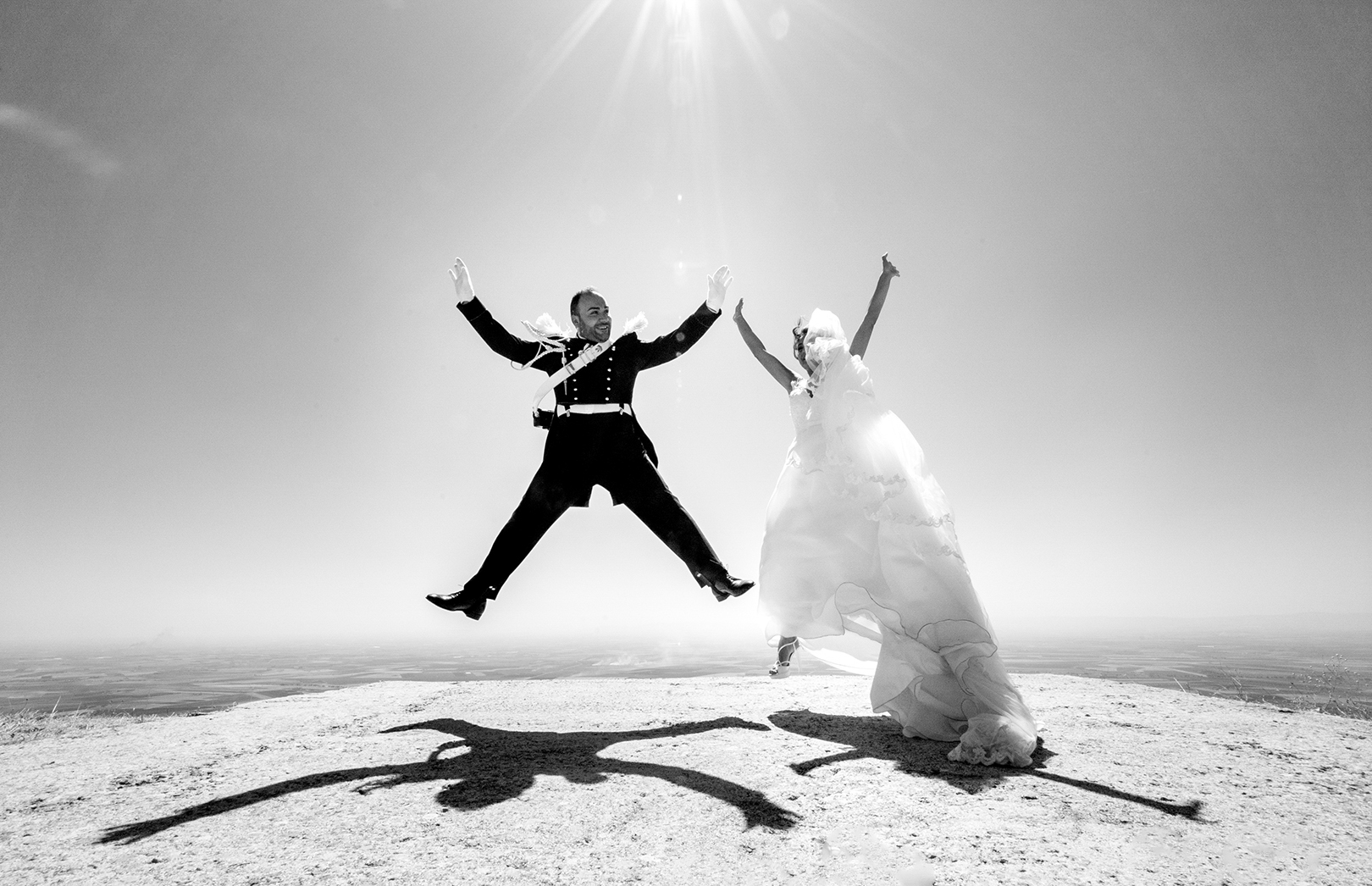 23 gianni-lepore-sposi-bianco-nero-humor-foto