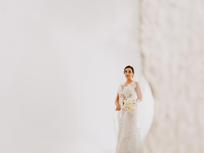 24 gianni-lepore-sposa-bride-weddingday-matrimonio-fotografo-lucera-italia-dress-palazzo-dauria