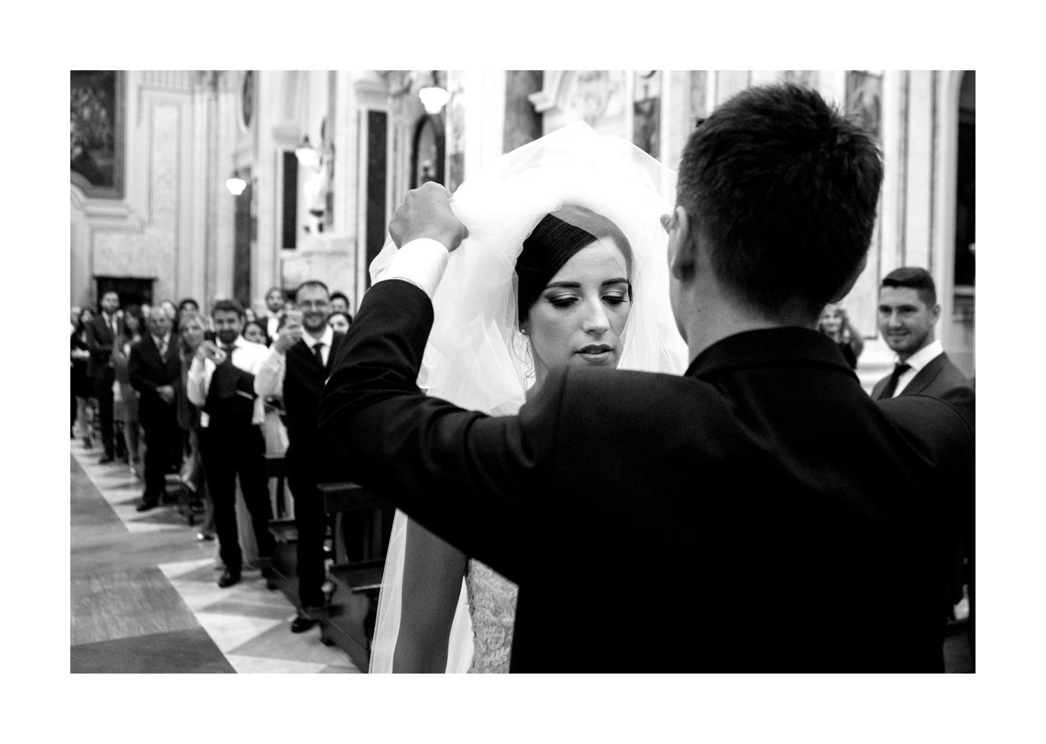 28 gianni-lepore-sposa-arrivo-chiesa