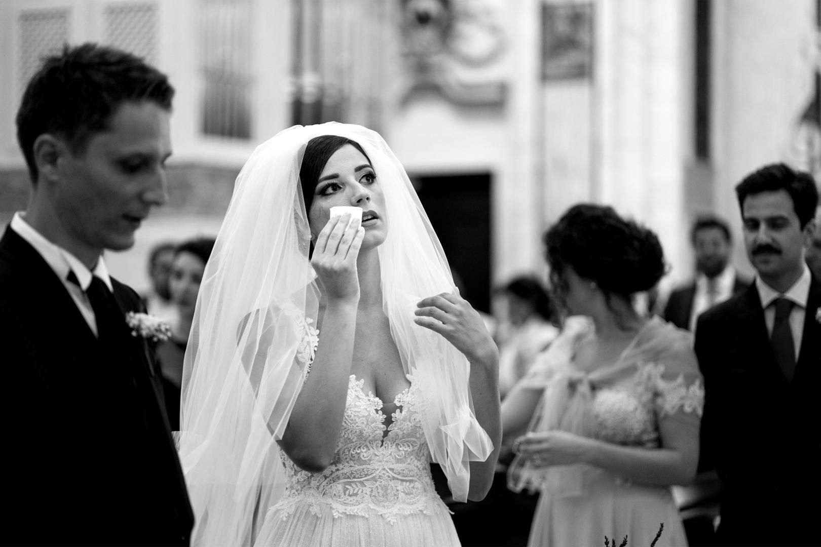 29 gianni-lepore-sposa-lacrime-emozione