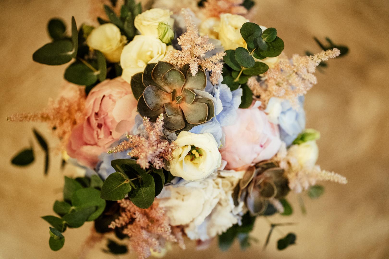 3 gianni-lepore-bouquet-sposa