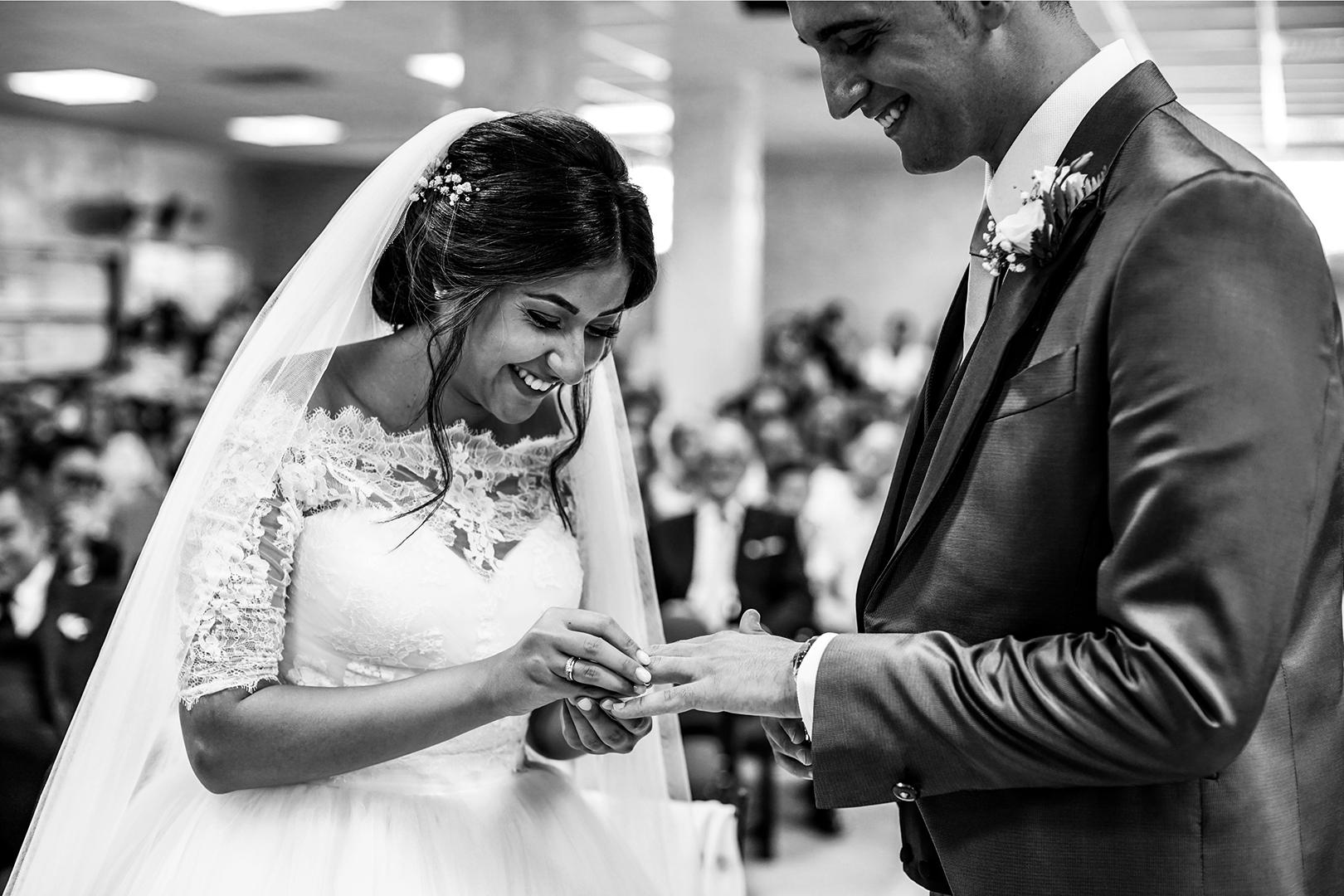 30 gianni-lepore-scambio-fedi-lucera-sposo-sposa-sala-regno