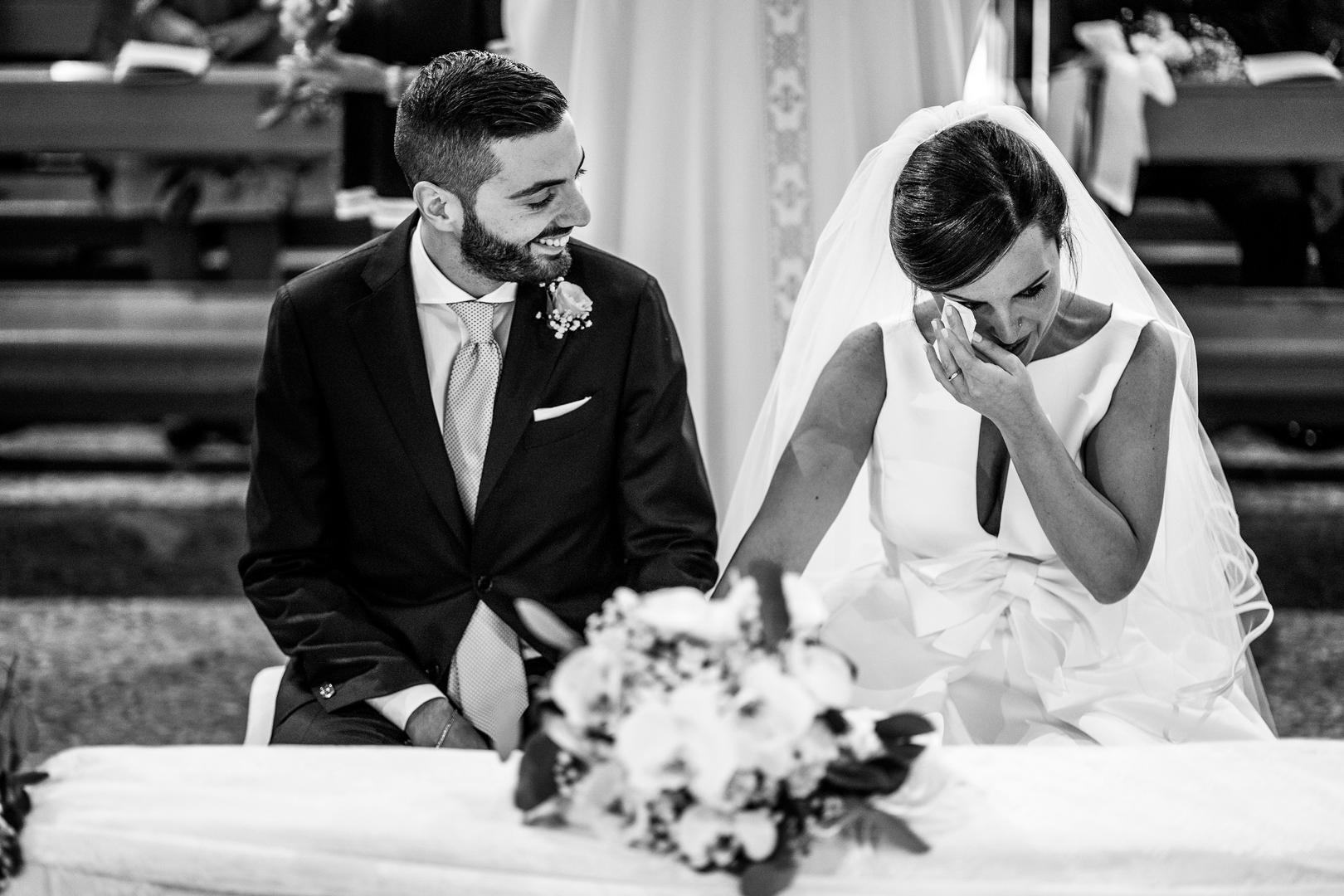 34 gianni-lepore-matrimonio-chiesa-emozione-sposa-piange