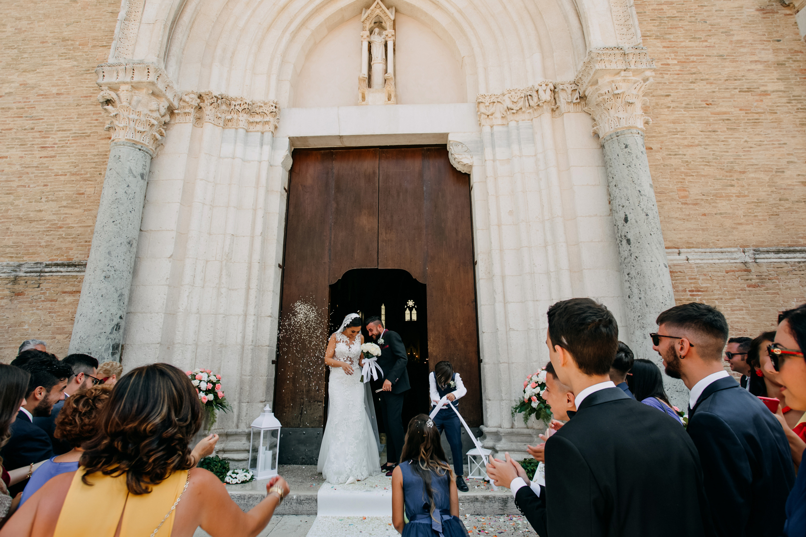 38 gianni-lepore-weddingday-uscita-chiesa-church-italia-lucera