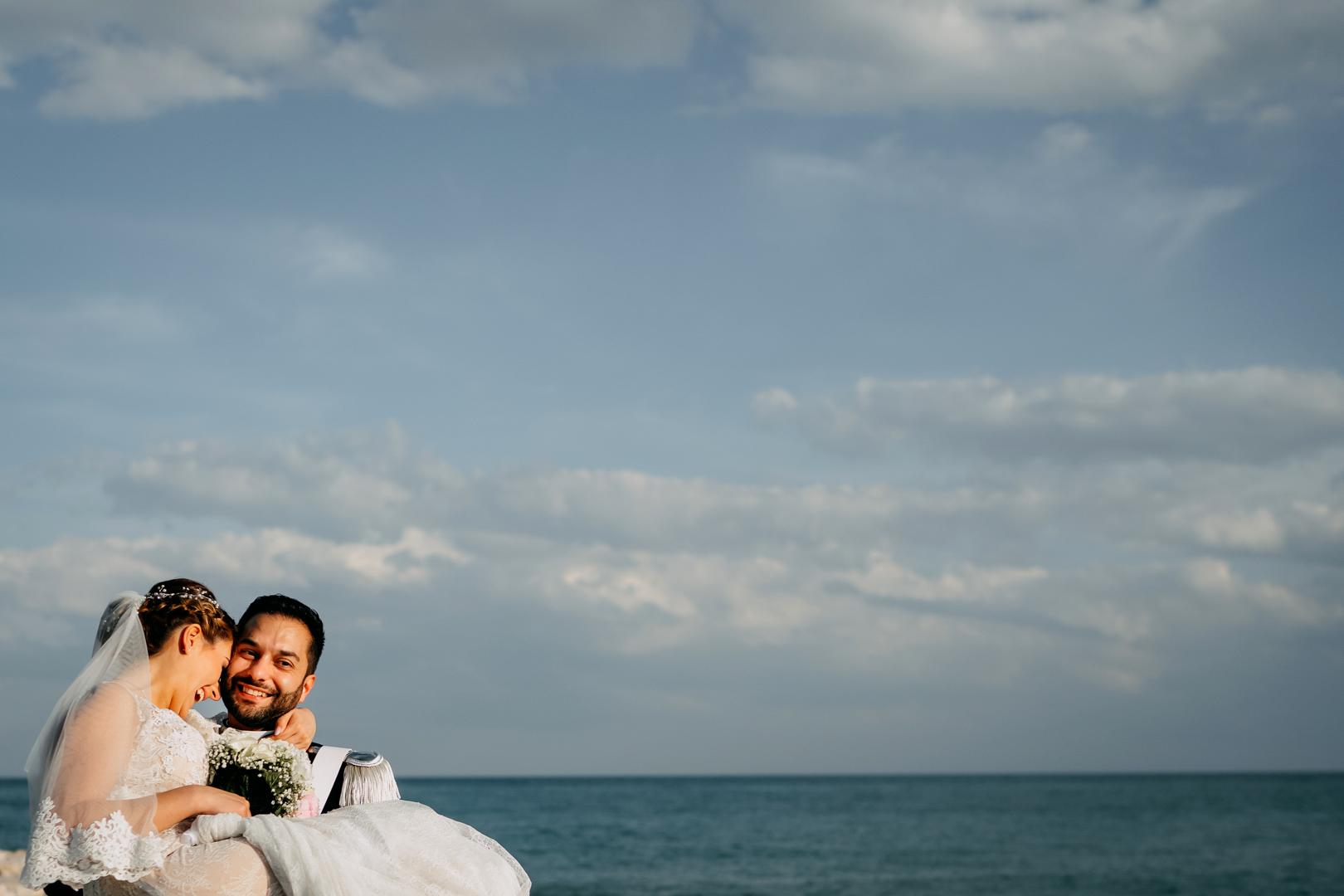 41 matrimonio-mare-peschici-mattinata-gargano-sposi-fotografo-gianni-lepore