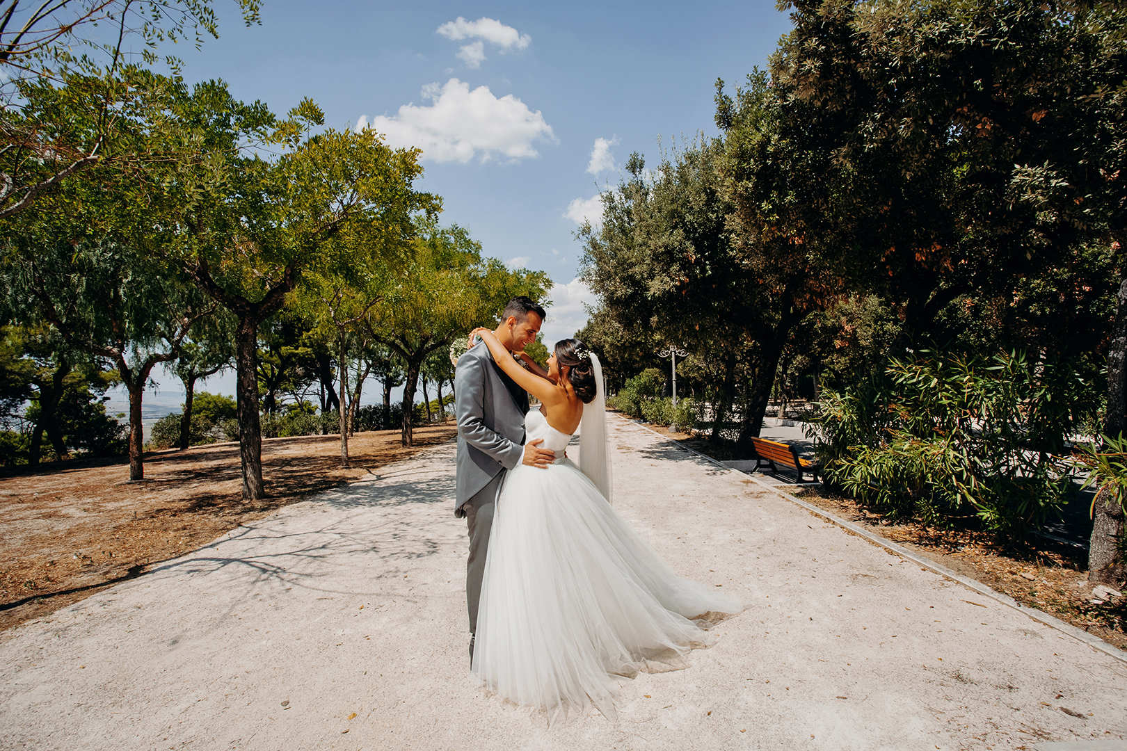 42 gianni-lepore-sposi-groom-bride-lucera-italia-villa-ritratto-wedding-photography