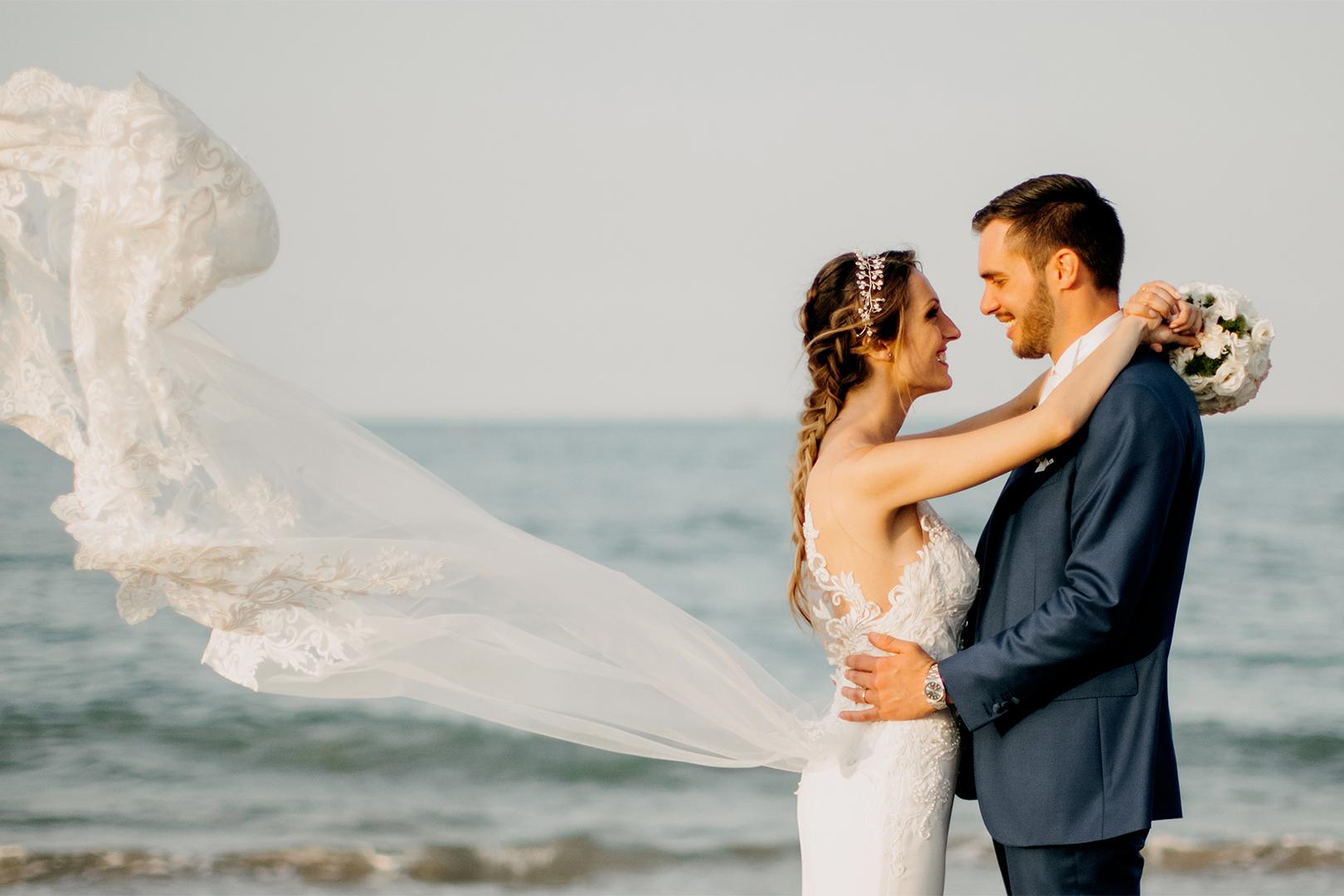 44 gianni-lepore-fotografo-sposi-groom-bride-lungomare-silvi-spiaggia-mare-matrimonio