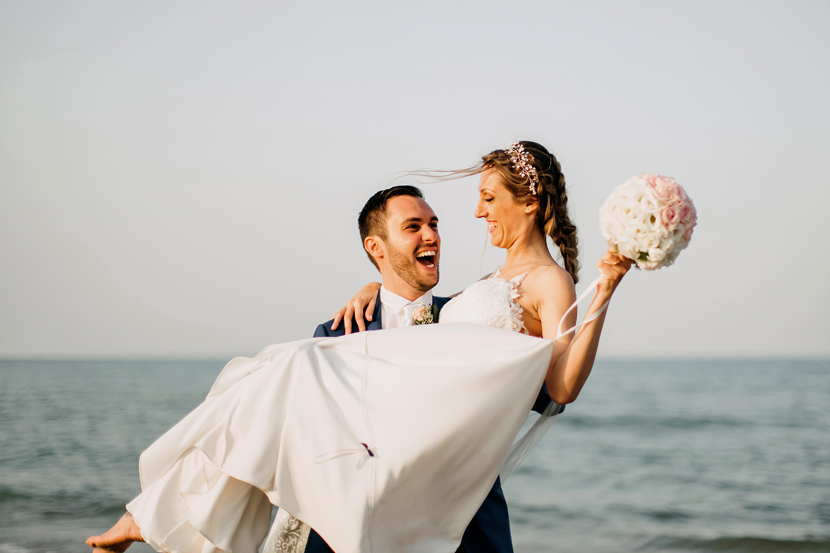 47 gianni-lepore-wedding-matrimonio-fotografo-sposi-spiaggia-mare-lungomare
