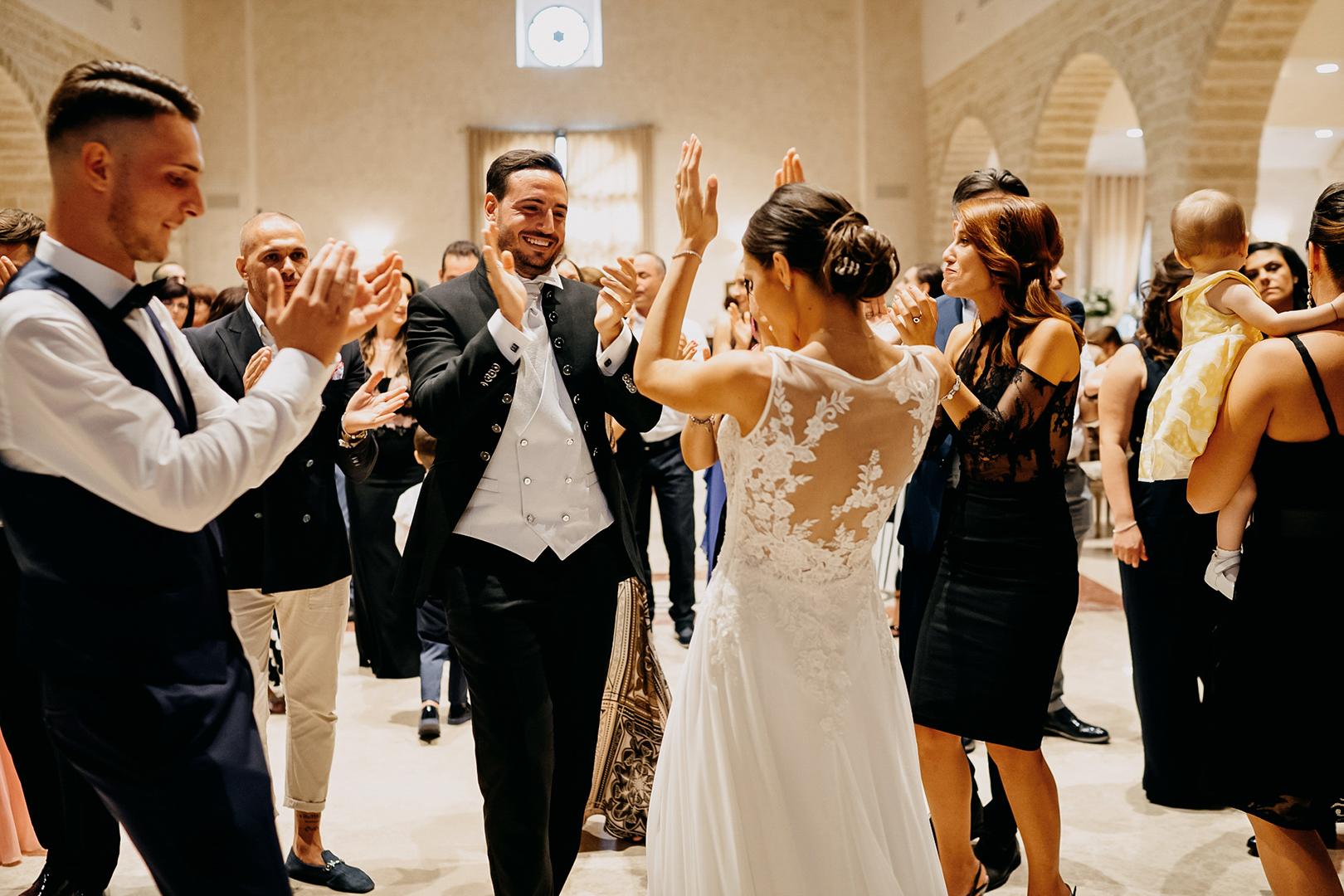 48 gianni-lepore-balli-sposi-festa
