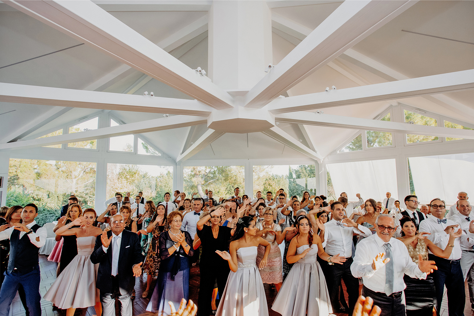 56 gianni-lepore-ballo-sposi-invitati-torre-andriana-foggia-sala