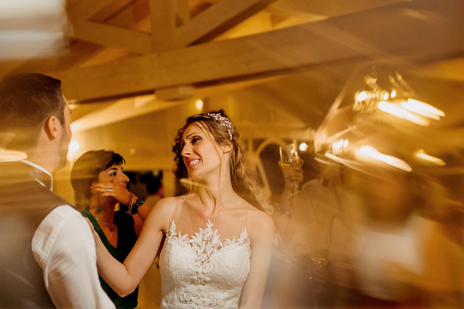 57 gianni-lepore-fotografo-matrimonio-ballo-sposi-invitati-sala