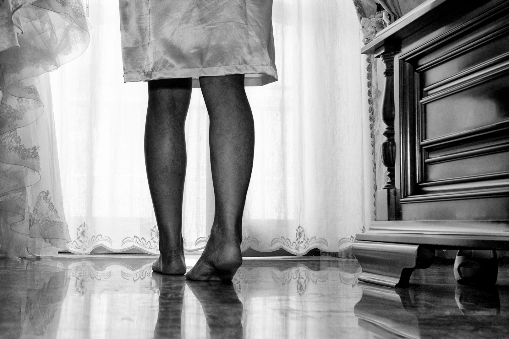 6 gianni-lepore-dettagli-piedi-sposa