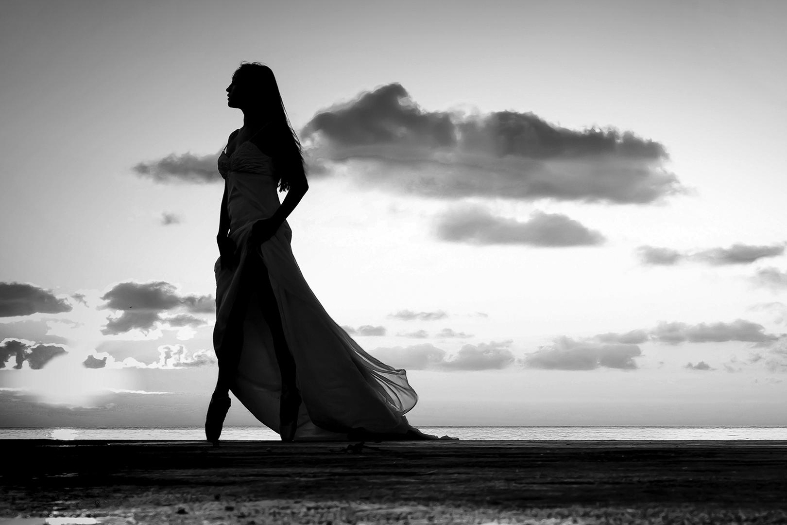 gianni-lepore-silhouette-sposa-bride-bianco-nero